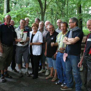 Pöhlsches' schieten 2013: Gruppenbild bei Übergabe Pokal der Oberbürgermeisterin
