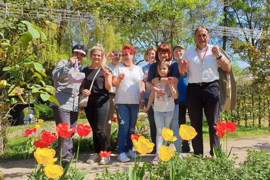 Die Ostereiersuche 2019 im Lenneper Rosengarten.